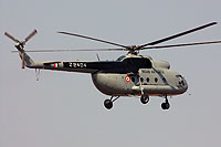 Helicopter-DataBase Photo ID:16985 Mi-8T Indian Air Force Z2404 cn:223104